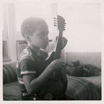 Small mandolin